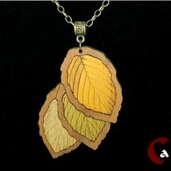 Collier feuilles automne